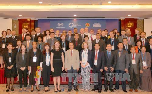 2017年APEC 会议:越南努力完善反腐败政策机制 hinh anh 1