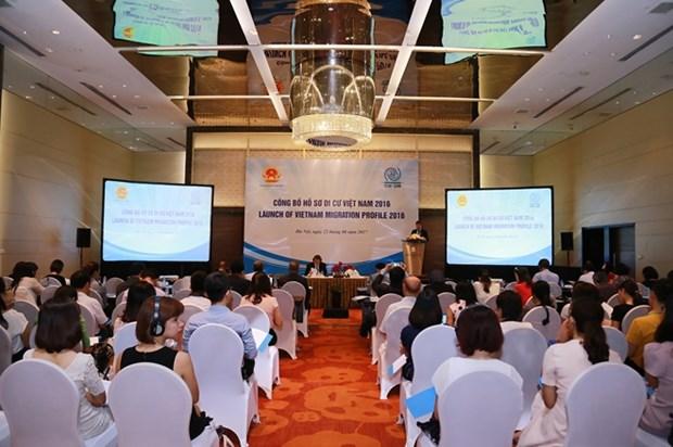 《2016年越南移民报告》正式发布 hinh anh 1