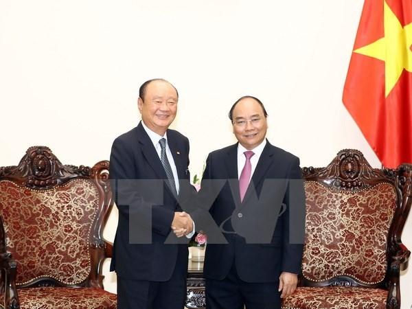 越南政府总理阮春福会见韩国Chamvit 集团领导 hinh anh 1