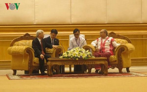 阮富仲总书记会见缅甸联邦议会议长曼温凯丹 hinh anh 1