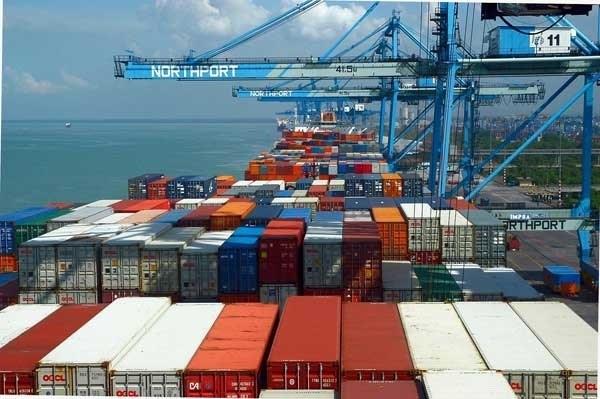 2017年前8月越南贸易逆差为21.3亿美元 hinh anh 1