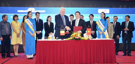 Vinalines与比利时企业签署港口与物流领域的合作备忘录 hinh anh 1