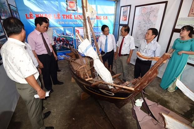 2017年广义省海洋海岛文化周开幕式在广义省举行 hinh anh 2
