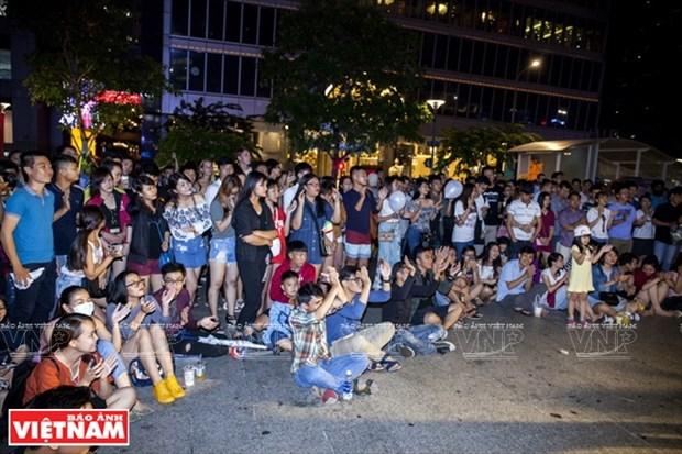 胡志明市街头表演秀 hinh anh 6