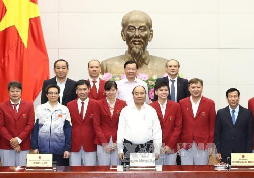 政府总理阮春福会见第29届东南亚运动会越南体育代表团各成员 hinh anh 2
