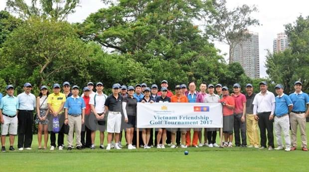 越南驻中国香港代表机构举行高尔夫球公开赛欢庆国庆节 hinh anh 1