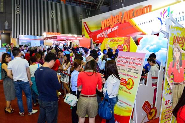 越捷在2017年胡志明市国际旅游博览会推出70万张零越盾起机票 hinh anh 2