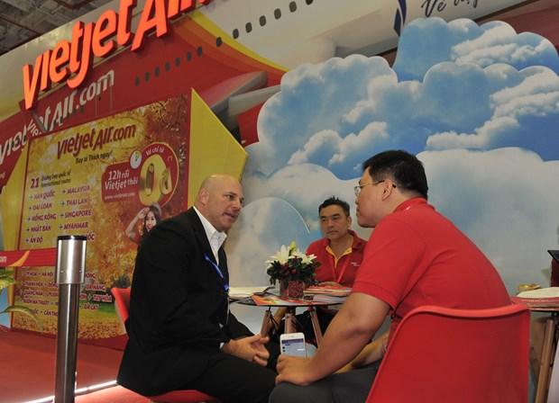 越捷在2017年胡志明市国际旅游博览会推出70万张零越盾起机票 hinh anh 3
