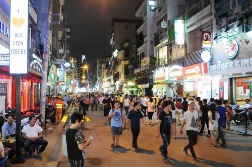 胡志明市采取措施吸引中国游客 hinh anh 1