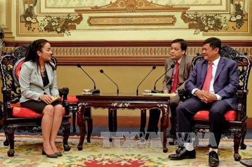 胡志明市与柬埔寨首都金边加强旅游合作 hinh anh 1
