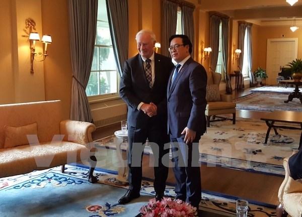 黄平君访问加拿大 进一步推动越加两国合作关系向前发展 hinh anh 1