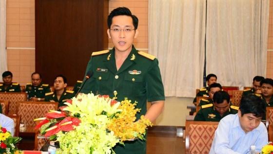越南与柬埔寨青年官兵加强经验交流 hinh anh 1