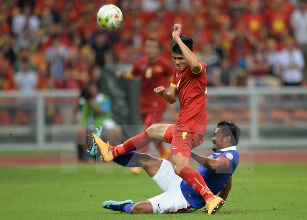 FIFA最新排名公布:越南队上升4位 hinh anh 1