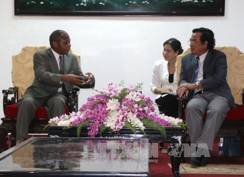 越南薄辽与莫桑比克加扎两省拟签合作协议 hinh anh 1