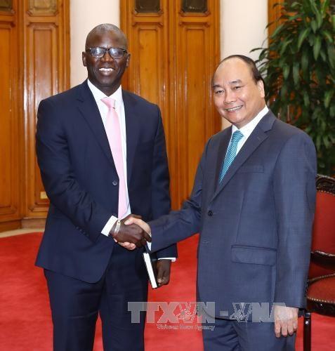 政府总理阮春福会见世界银行驻越南首席代表奥斯曼•迪奥 hinh anh 1