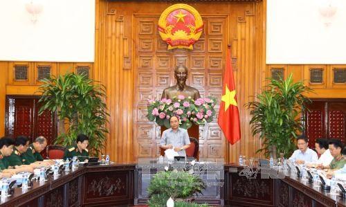 政府总理阮春福:越南国防工业的生产能力明显提升 hinh anh 1