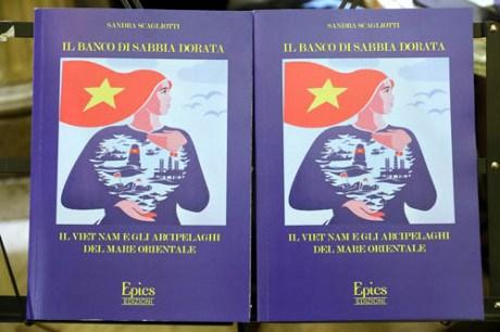 意大利学者出版关于越南海洋岛屿主权的书籍 hinh anh 1