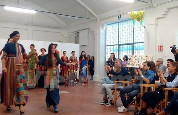 越南文化日活动在意大利威尼斯举行 hinh anh 1