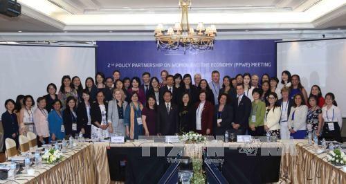 第二次APEC妇女与经济政策伙伴会议在承天顺化省开幕 hinh anh 1