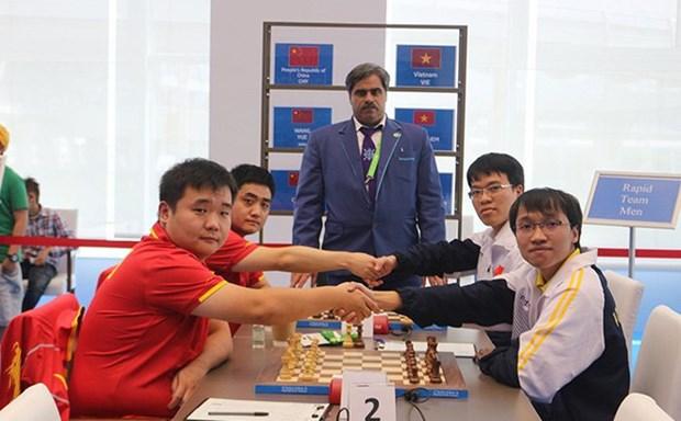 AIMAG5:黎光廉和阮玉长山夺得快棋团体冠军 hinh anh 1