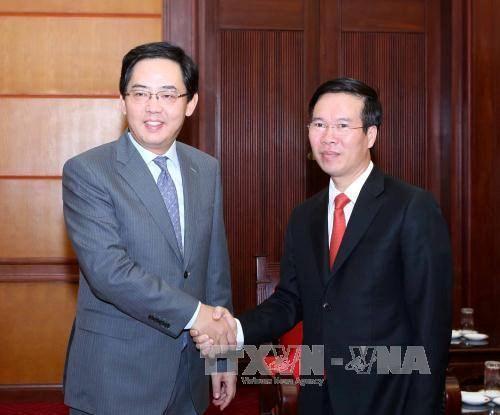 中国驻越南大使馆举行庆祝中国国庆68周年招待会 hinh anh 1