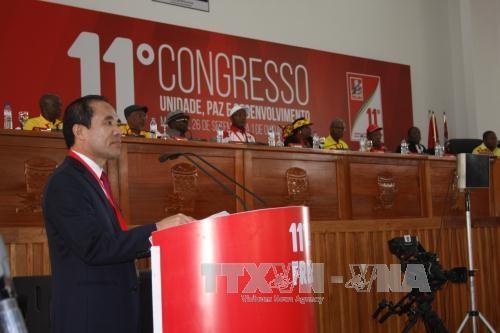 越南共产党代表团出席莫桑比克解放阵线党第十二次全国代表大会 hinh anh 1