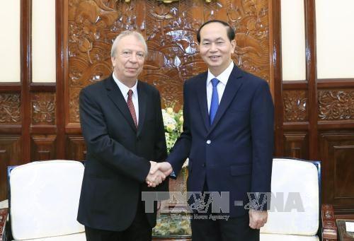 越南国家主席陈大光会见离任前来辞行拜会的保加利亚驻越大使叶夫根尼 hinh anh 1
