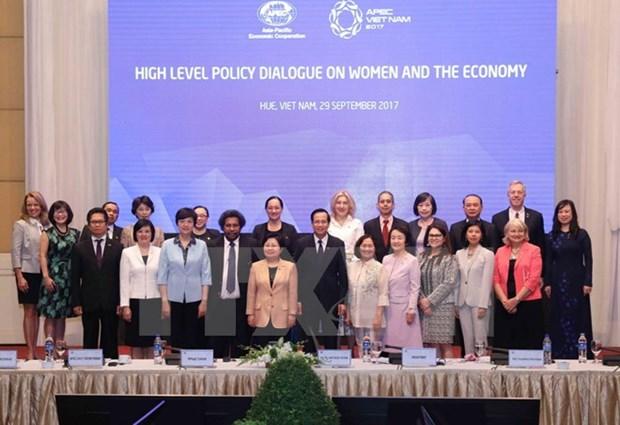 2017年亚太妇女与经济论坛圆满落幕并通过《2017年APEC妇女与经济论坛宣言》 hinh anh 1