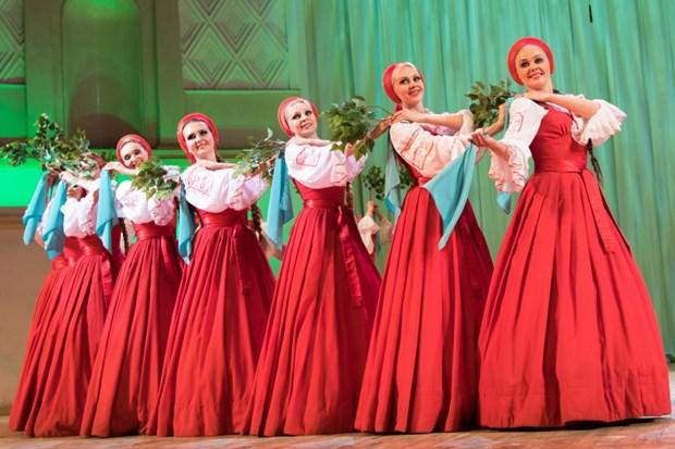 俄罗斯国家翰林舞蹈艺术团10月初将赴越演出 hinh anh 1
