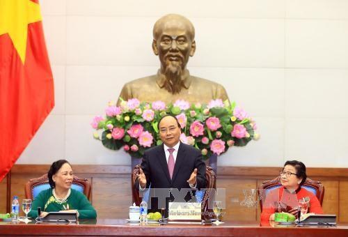 阮春福:老年人在每个家庭中都起到了中流砥柱的作用 hinh anh 3