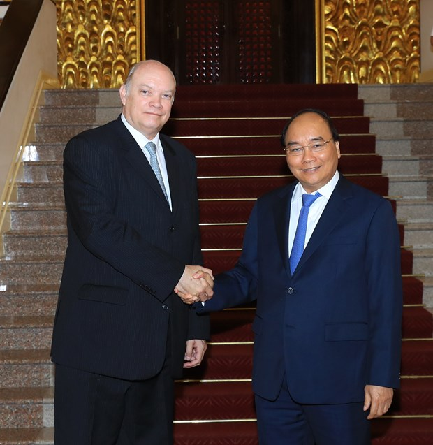 政府总理阮春福会见古巴外贸外资部长马尔米耶卡 hinh anh 1