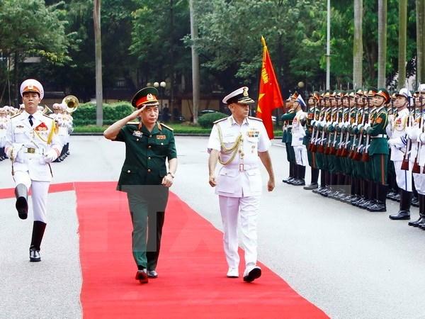 印度参谋长委员会主席苏尼尔•兰巴对越南进行正式友好访问 hinh anh 1