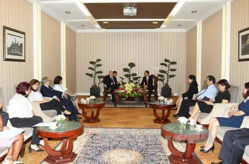 越南胡志明市与古巴加强经贸合作 hinh anh 1