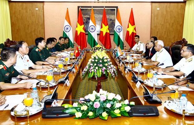 印度参谋长委员会主席苏尼尔•兰巴对越南进行正式友好访问 hinh anh 2