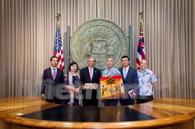 越南驻美国大使范光荣走访美国夏威夷州和美国太平洋司令部 hinh anh 1