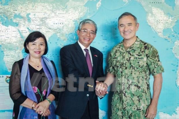越南驻美国大使范光荣走访美国夏威夷州和美国太平洋司令部 hinh anh 2