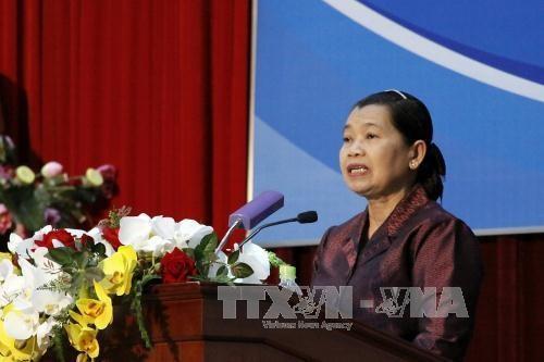 """第四次""""越柬人民合作友好见面会""""活动在胡志明市开幕 hinh anh 1"""