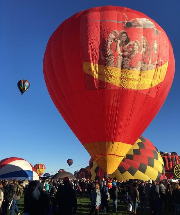"""越捷航空热气球和比基尼空姐们即将""""登陆""""美国 hinh anh 4"""