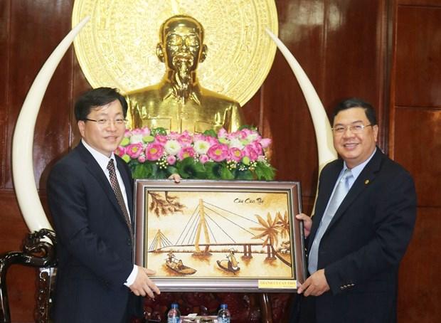 韩国投资商拟在芹苴市投资兴建废物处理厂 hinh anh 1