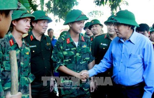安沛省遭洪水袭击 致6死16失踪 张和平莅临灾区视察 hinh anh 2