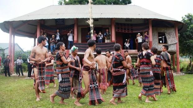 承天顺化省试点开发戈都族、巴哥人、达渥族的书写语言 hinh anh 1