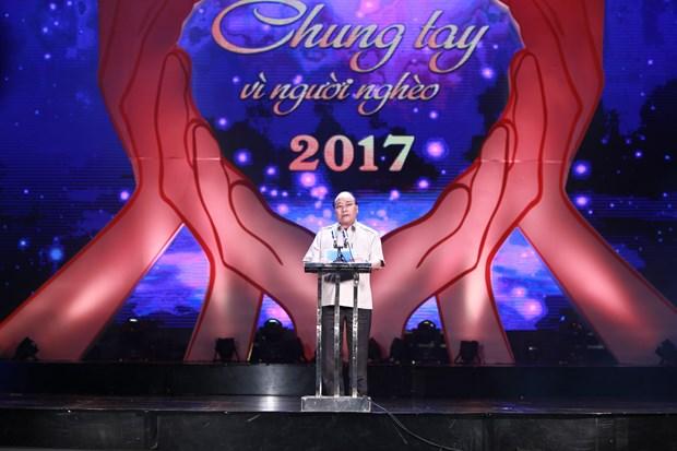 政府总理阮春福:努力实现全国年均贫困率达1%至1.5% hinh anh 1