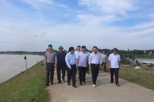 政府副总理范平明视察清化省灾后恢复重建工作 hinh anh 2