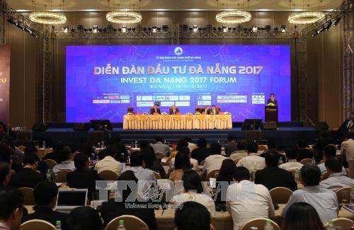 阮春福总理:岘港市需要努力保持省级竞争力指数排行榜中的前列地位 hinh anh 1