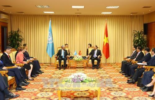 阮春福总理会见联合国各组织驻越办事处首席代表 hinh anh 1