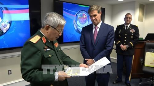 阮志咏上将:失踪军人遗骸搜寻活动是越美防务合作中的亮点 hinh anh 3