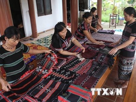 越南促进少数民族地区的性别平等 hinh anh 1