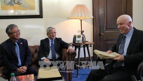 越南国防部副部长阮志咏上将对2017年越美国防政策对话给予积极评价 hinh anh 2