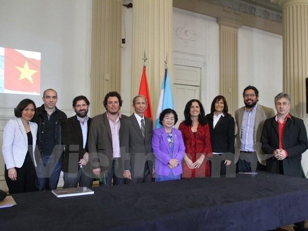 阿根廷媒体对越南发展情况给予关注 hinh anh 2
