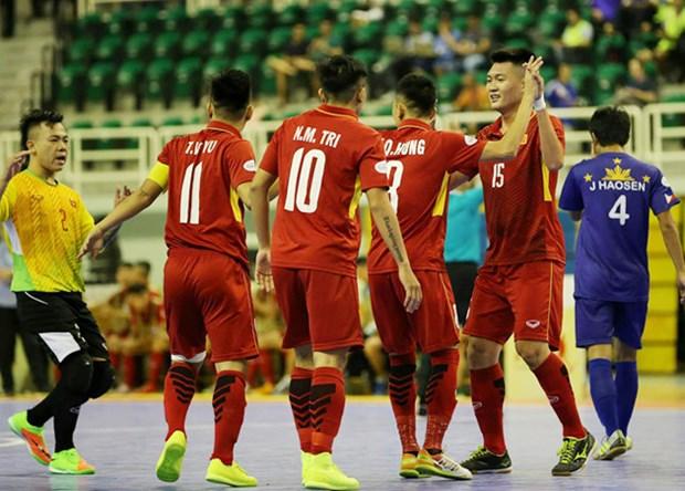 HD Bank杯室内五人制足球东南亚锦标赛:越南队以24比0大胜菲律宾队 hinh anh 1
